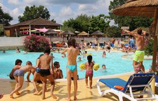 Campsite with swimming pool in Périgord